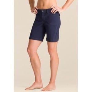 Athleta Blue Dipper shorts size 6 Hiking casual